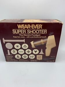 Vintage Wear-Ever Electric Super Shooter Cookie Candy Canape Maker #70123 w/Box