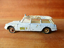 Dinky toys  1/43 réf 556 Citroën break ID 19