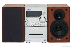 Sony Micro HiFi System CMT-NEZ5 mit Fernbedienung Tapedeck CD Radio