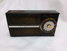 RARE Vintage 1959 GE AM Transistor Radio P-745B transistor radio nice looking