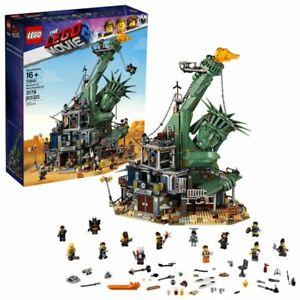 LEGO 70840 Welcome To Apocalypseburg!  Lego Movie 2 - New & Sealed - Shelf Wear