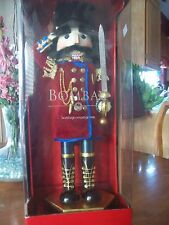 """NUTCRACKER ..BOMBAY 18""""  EXCLUSIVE COLECTION SOLDIER SAULUTING & SWORD New Box"""