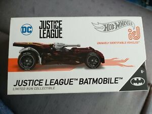 HOT WHEELS ID JUSTICE LEAGUE BATMOBILE  COLLECTIBLE UNIQUELY IDENTIFIABLE