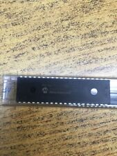 PIC16F-I/P. Microchip