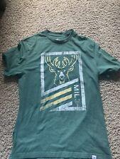 Milwaukee Bucks T-Shirt Size Medium No Tags NBA