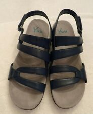 Women's Navy Sandals Size 10