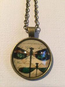 Vintage Pieces - Bronze Necklace Glass Cameo - Green Dragonflies