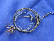 AN UNUSUAL VINTAGE PIKE BAIT MOUNT LURE AND WIRE TRACES