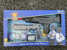More details for gerry anderson space precinct deluxe twin space sound gun set unopened mint 1995