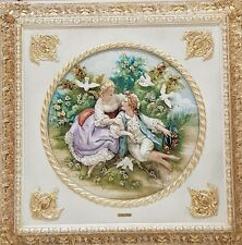 Capodimonte porcelain. Painting relief, bas-relief. THE first appuntamento