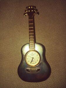 Elgin Quartz miniature gold and silver guitar clock