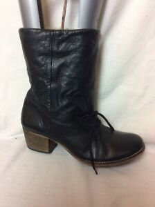 LADIES UNBRANDED BLACK LEATHER MID CALF BOOTS SIZE UK 7