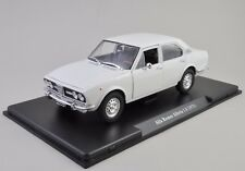 Alfa Romeo Alfetta 1.8 - 1972 1:24 Deluxe Model (ABAVI028)