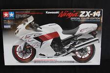"""Tamiya Kit Kawasaki Ninja ZX-14 1:12 """"Special Color Edition"""" (JH)"""