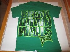Tapout Break Down Walls Mens Size M Tee Shirt Boxing MMA Combat Strike UFC Fight