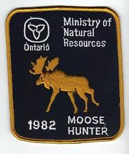 1982 ONTARIO MNR MOOSE HUNTER PATCH-MICHIGAN DNR DEER-BEAR-ELK-CREST-BADGE-FISH