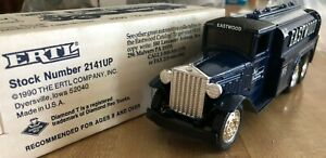 Ertl Eastwood Co 1930 Diamond T Tanker Coin Bank w/key Stock #2141UP Limited Ed