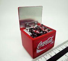 1:12 SCALA Coca Cola Cooler box + coperchio di sollevamento Casa delle Bambole Miniatura COCA PUB