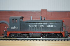 H O GAUGE  ATHEARN SWITCHER