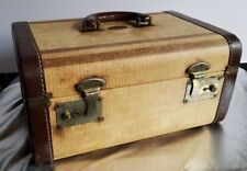 STRAT O WAY LUXURY LUGGAGE CANADA TWEED LEATHER TRAIN/TRAVEL CASE. MIRROR, SHELF