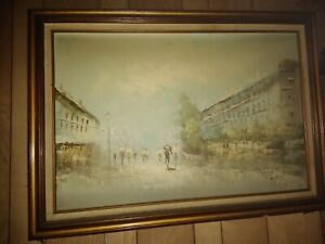 vintage oil painting of a city square in good condition wood frame