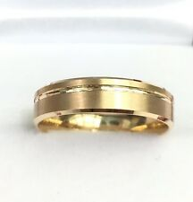 18k Solid Yellow Gold Band Ring, Diamond Cut, 4.35 Grams. Size 7.75