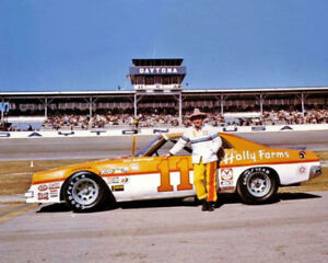 1977 Holly Farms Chevy CALE YARBOROUGH Glossy 8x10 Photo Daytona 500 Print