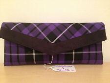 Fiesta/noche púrpura Tartán Cuadros BURNS Clutch Bag, BN con ribete de ante de imitación.