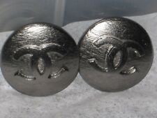 CHANEL  2 CC LOGO FRONT AUTH DARK SILVER  BUTTONS  20  MM / OVER 3/4'' NEW LOT 2