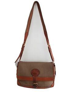Vintage DOONEY & BOURKE Beige Pebbled All Weather Leather Crossbody Bag/Purse.
