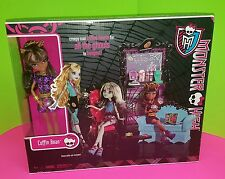 Monster High Coffin Bean Coffee Shop Playset with Clawdeen Wolf New