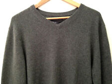 NWT Tahari Pure Luxe 100% Cashmere Men's Handsome Green V Neck Sweater M $245