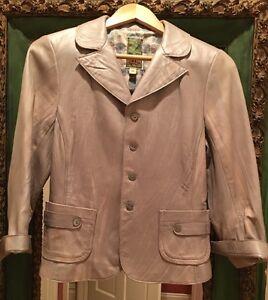 Burning Torch NWOT $869 Light Tan/Silver Leather Jacket Coat Sz M Carly Simon