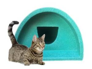 ONLY £51 WATERPROOF OUTDOOR CAT SHELTER / KENNEL PLASTIC CAT HOUSE BED POD
