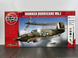 Airfix Hawker Hurricane Mk.I 1/72 Scale Model Kit Starter Set A68216