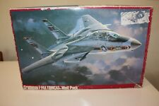 "Hasegawa Model Kit Grumman F-14A Tomcat ""Wolf Pack""  P20 (07020) 1:48 Scale 1989"