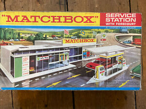 Matchbox Service Station With Forecourt 1970's