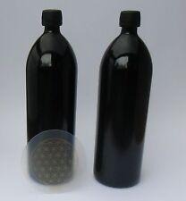Zwei Wasserflaschen 1.000 ml Mironglas Violettglas + 1 Untersetzer Lebensblume