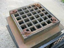 CATCH BASIN / STORM DRAIN FRAME AND GRATE HEAVY CAST IRON STREET GRADE