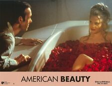 American Beauty: original french still #1 - Mena Suvari, Kevin Spacey