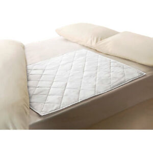 Waterproof Absorbent Incontinence Bed Pad Bedwetting Mattress Protector