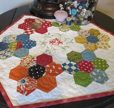 ALLIE'S GARDEN TABLE TOPPER QUILTING PATTERN, From Cut Loose Press Patterns NEW
