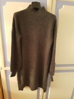Lovely River Island Jumper Dress, size S - brand new with tags, RRP £40
