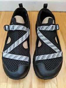 NIB New in Box Chaco Odyssey Water Sandals,Big Kids/Youth Size 6