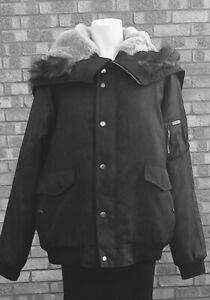 Gents Black WOOLRICH Padded Jacket .. XXL .. Excellent Condition