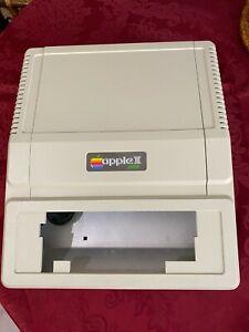 ✅  ⌘ Apple II Plus Computer Case Very Nice Condition