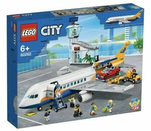 Brand New LEGO City Airport Passenger Airplane - 60262 - Free Shipping