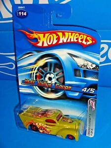 Hot Wheels 2005 Crazed Clowns II Series #114 1941 Willys Coupe w/ Gray Base 5SPs