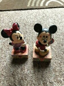 Disney traditions Minnie Sweetheart Diva and Mickey mouse Love Struck Figurines