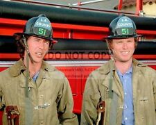 """KEVIN TIGHE & RANDOLPH MANTOOTH IN """"EMERGENCY!"""" - 8X10 PUBLICITY PHOTO (AA-913)"""